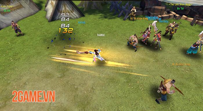 Thỏa sức phối hợp binh khí ra đòn combo sướng tay trong Chiến Thần 3D Funtap 1