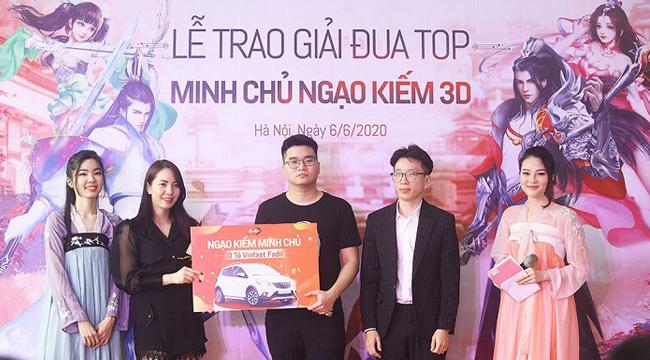 Ngạo Kiếm 3D tổ chức trao Ô tô Vinfast cho Ngạo Kiếm Minh Chủ