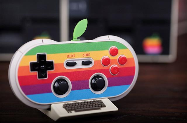 Khi tay cầm chơi game mượn ý tưởng máy tính Apple 30 năm về trước 1