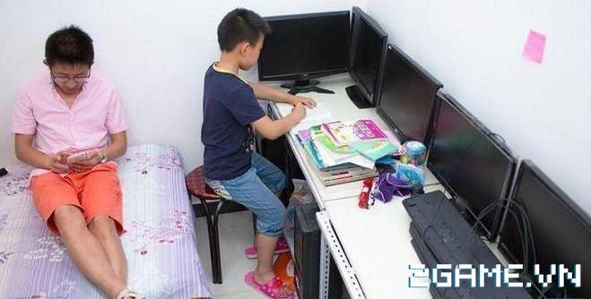 Thanh niên này chấp nhận bỏ việc văn phòng về quê cày game kiếm tiền nuôi gia đình 7