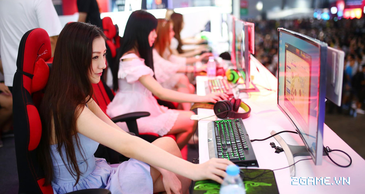 Muốn đẹp trai, xinh gái, được nhiều đứa yêu thì đừng nổi khùng khi chơi game online 1