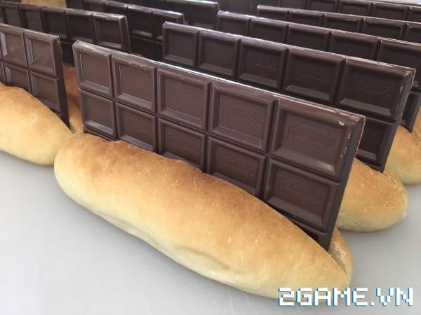 Xuất hiện quán net bán bánh mỳ kẹp chocolate cho khách vào ngày Valentine 3