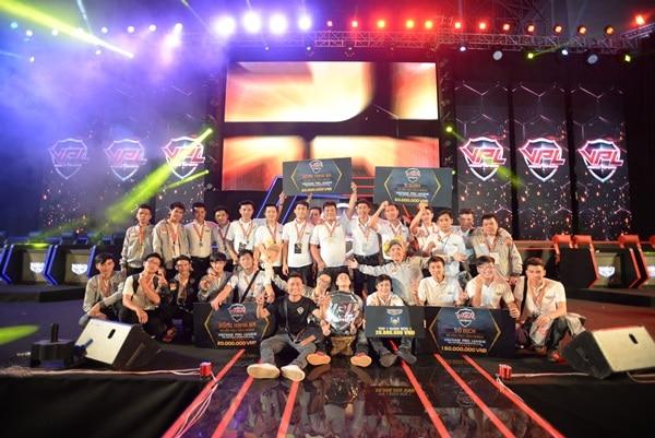 Truy Kích mobile đã tìm được nhà vô địch giải VPL 2017 15