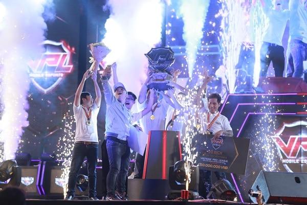 Truy Kích mobile đã tìm được nhà vô địch giải VPL 2017 5