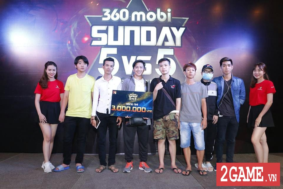 Rất đông game thủ 3Q 360mobi Sài Thành đến dự offline dù trời mưa bão 9