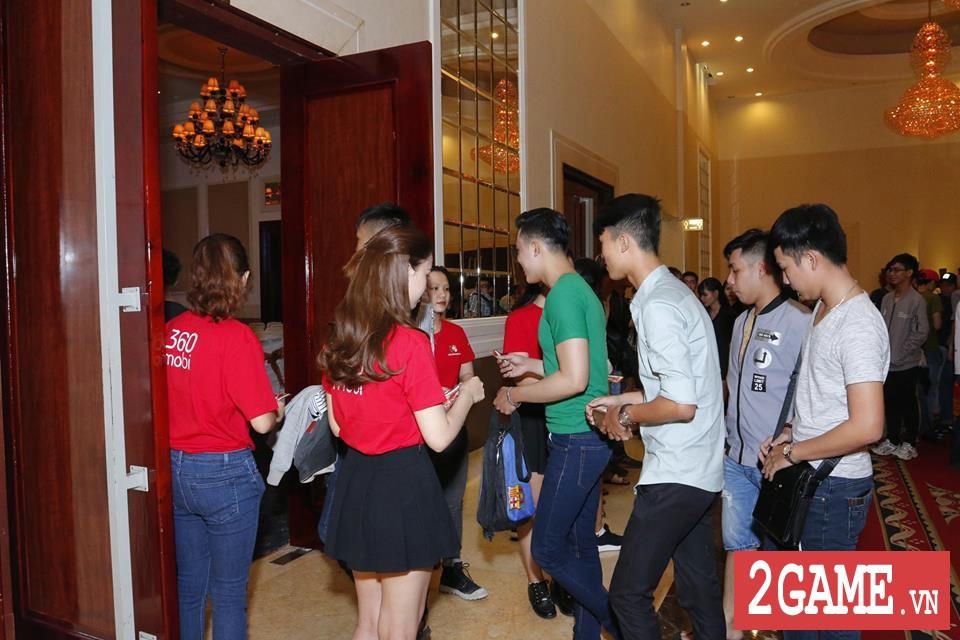 Rất đông game thủ 3Q 360mobi Sài Thành đến dự offline dù trời mưa bão 5