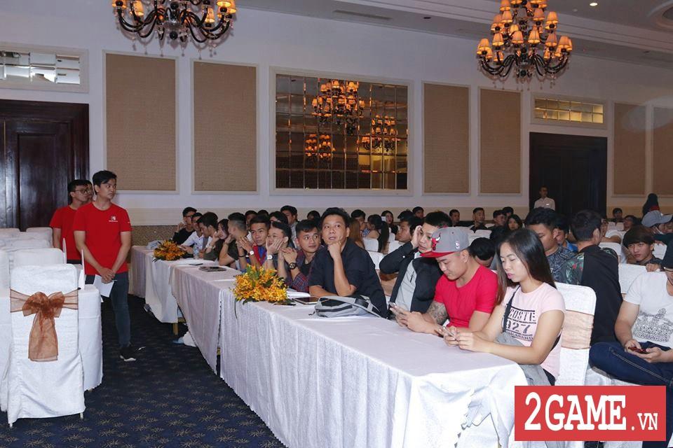 Rất đông game thủ 3Q 360mobi Sài Thành đến dự offline dù trời mưa bão 7