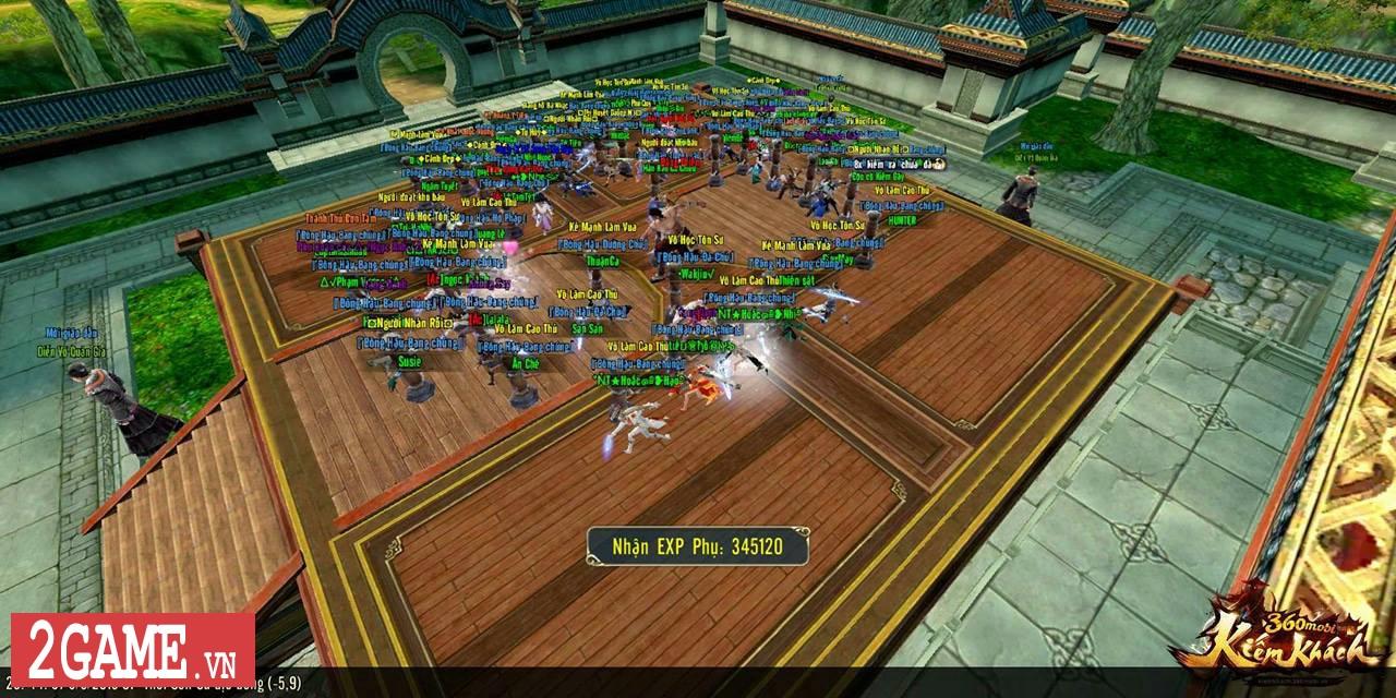 Mỗi bước đi trong 360mobi Kiếm Khách VNG người chơi lại được lắng nghe một câu chuyện võ hiệp thú vị 6