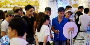 Đoàn người xếp hàng đăng ký trải nghiệm chế độ mới của Tru Tiên 3D trong buổi offline