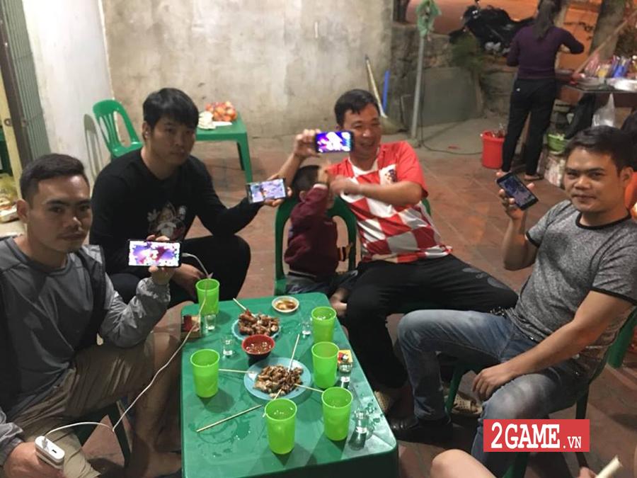 Fan Nhất Kiếm Giang Hồ Mobile cảm thấy ấm lòng khi đi đâu cũng gặp người chơi cùng 9
