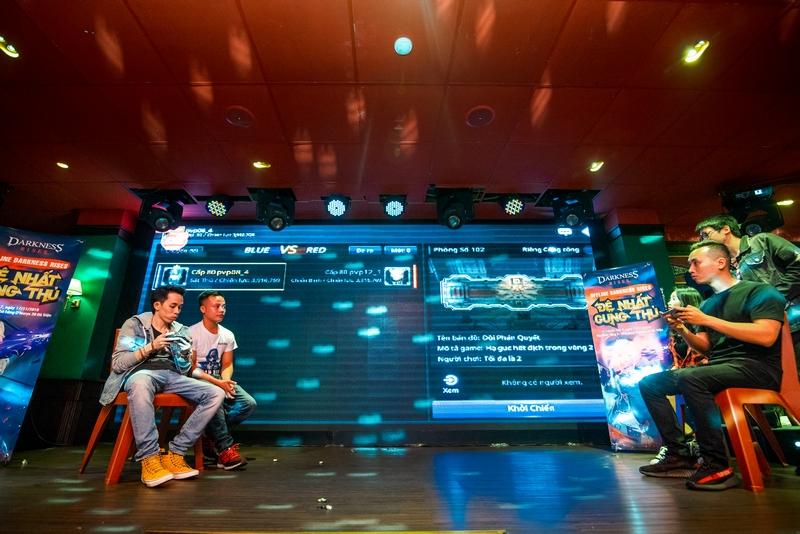 Game thủ Hà Thành bùng nổ với buổi offline hoành tráng của Darkness Rises Mobile 6