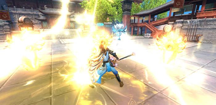 Đao Kiếm Vô Song Mobile cho người chơi hoán đổi 2 vũ khí qua lại ngay khi thực chiến 4