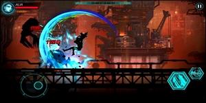Dark Sword 2 cho phép người chơi kích hoạt nhiều kỹ năng cùng lúc khi chiến đấu
