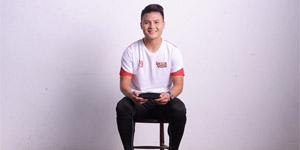 Cầu thủ Quang Hải quảng cáo cho game Tuyệt Thế Võ Lâm Funtap