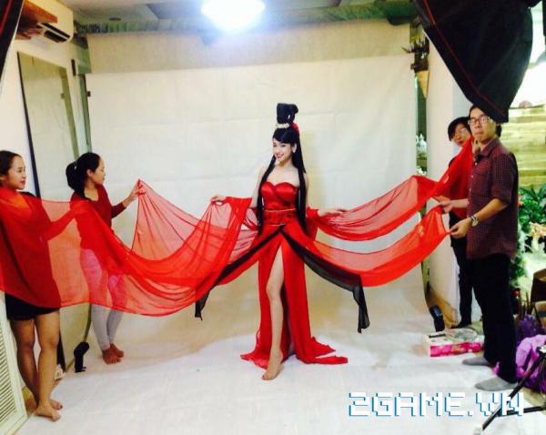 'Cô gái tai tiếng' Thúy Vi tham gia cosplay game Hoa Thiên Cốt 1