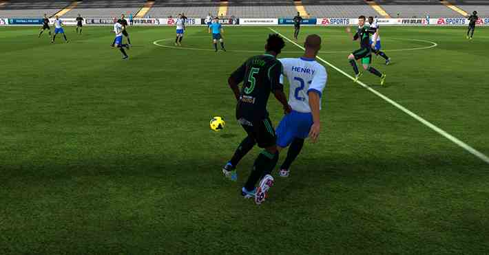 https://s3.cloud.cmctelecom.vn/2game-vn/pictures/images/2015/6/10/toc_do_choi_bong_trong_fifa_online_3_xemgame_2.png