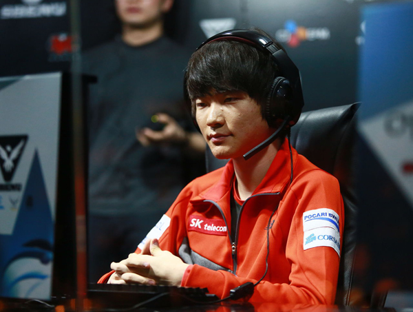 https://s3.cloud.cmctelecom.vn/2game-vn/pictures/images/2015/6/16/faker_6.jpg