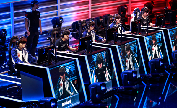https://s3.cloud.cmctelecom.vn/2game-vn/pictures/images/2015/6/25/faker_2.png