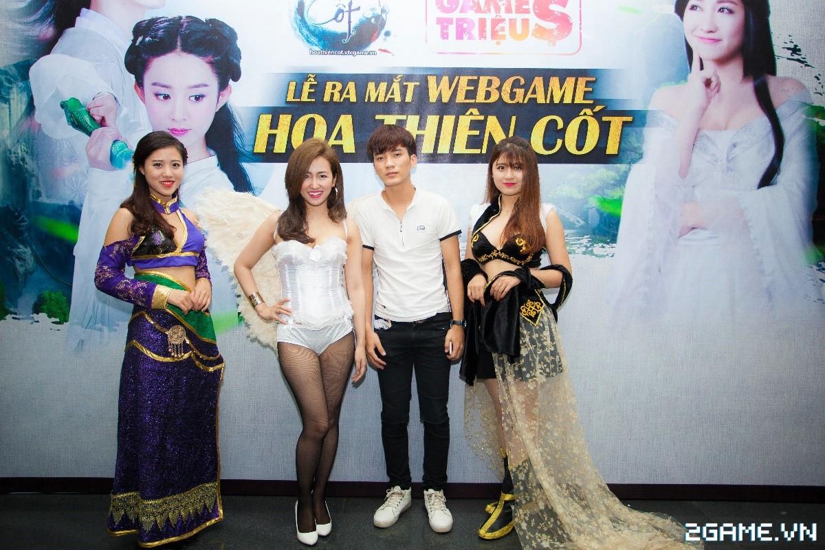 Trang Moon, Minh Hằng quậy tưng bừng trong sự kiện ra mắt game Hoa Thiên Cốt Web 1