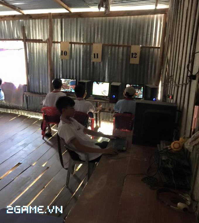Việt Nam vẫn còn tồn tại nhiều quán net 'tường tranh vách đất' 1