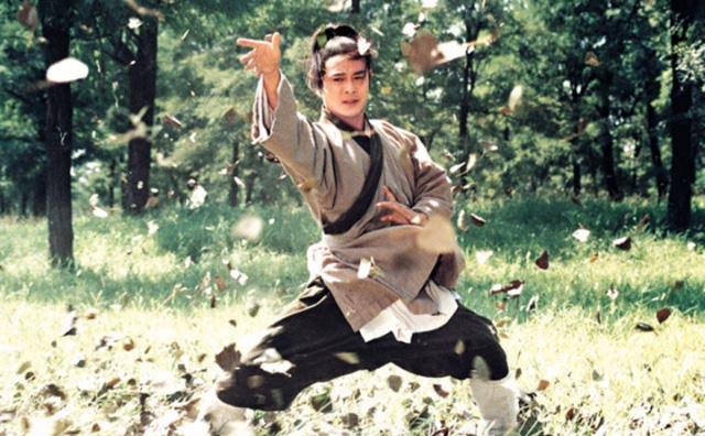 Sặc cười khi võ công Kim Dung trong phim chưởng bị dùng sai mục đích 6