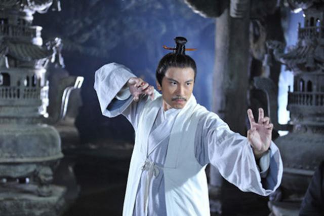 Sặc cười khi võ công Kim Dung trong phim chưởng bị dùng sai mục đích 10