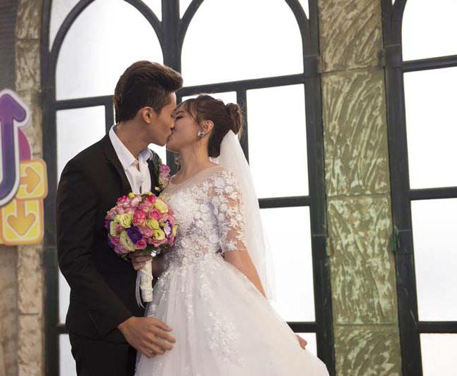 Những đám cưới đẹp như mơ bước ra từ Au Mobile 9