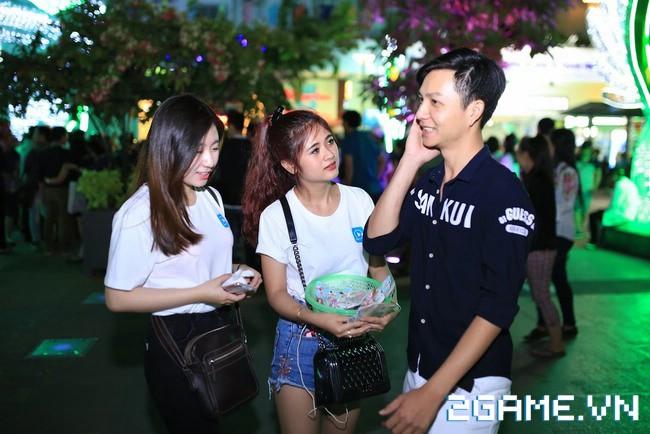 Idol TalkTV 'đại náo' Phố Đi Bộ Nguyễn Huệ 5