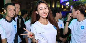 Idol TalkTV 'đại náo' Phố Đi Bộ Nguyễn Huệ