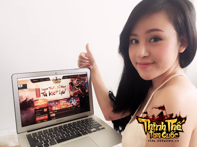 Bà Tưng cũng lần mò chơi webgame Thịnh Thế Tam Quốc 0