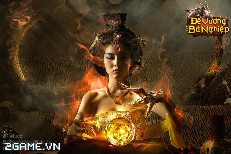 Lilly Luta khoe đường cong bốc lửa trong bộ cosplay Đế Vương Bá Nghiệp 5
