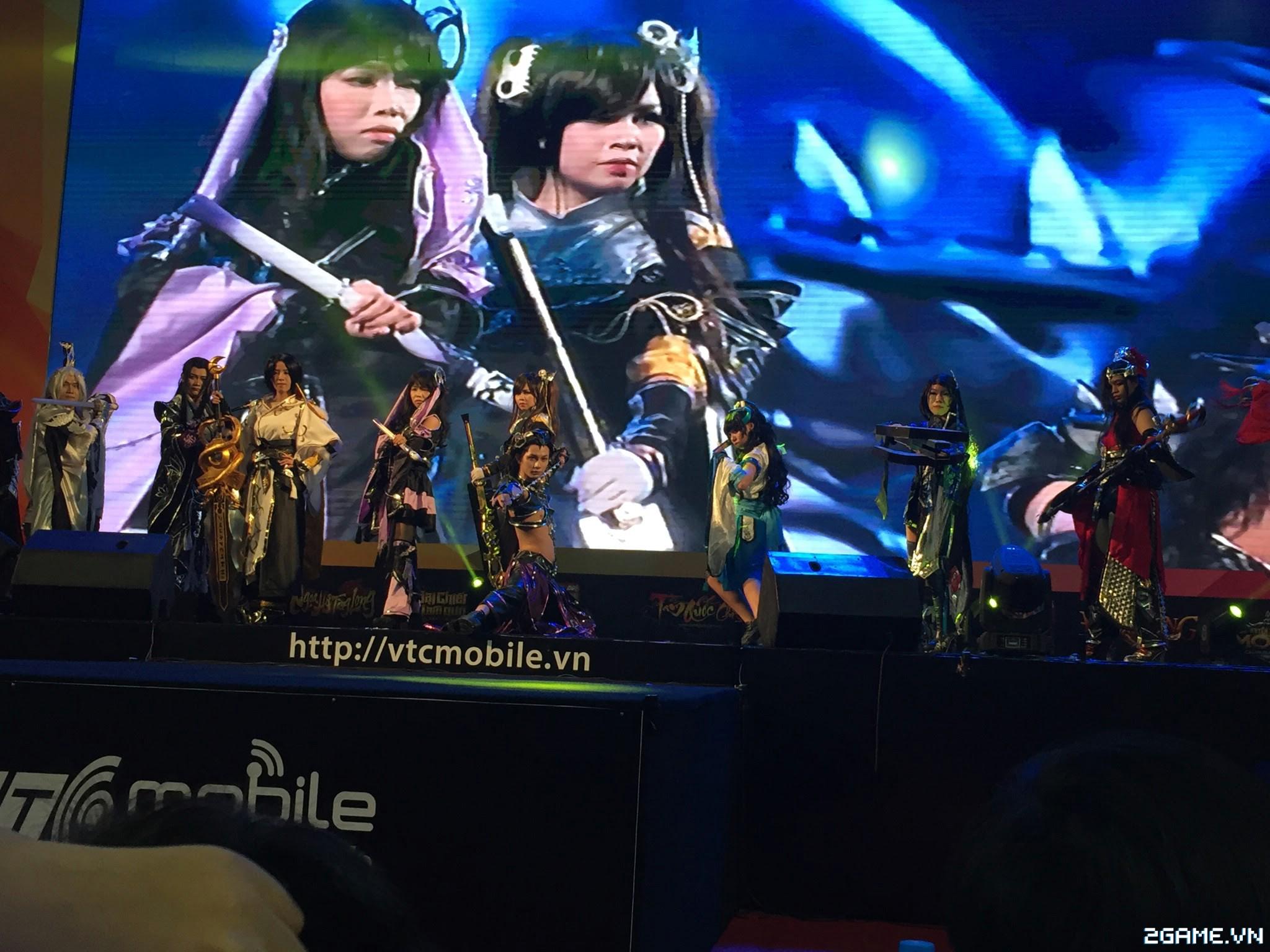 Huyền Thoại MOBA - Hàng ngàn game thủ đội nắng tham dự VTC Mobile Festival 5