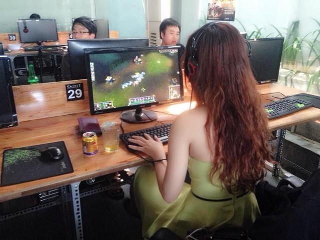 Trong game, nam giỏi chơi nhưng game thủ nữ mới thực sự chiếm vị thế độc tôn? 1