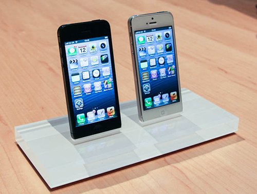 iphone-5-pictures-hands-on-0.jpg