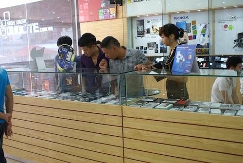 Tuần lễ vàng giảm  iphone 5s giá 5,5 triệu,samsung s5 giá 5.5tr.samsung note3. giá 5 tr