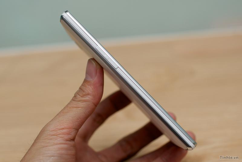 LG Optimus L9 mỏng