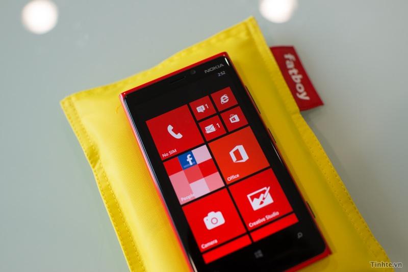 Gối sạc không dây Fatboy cho Lumia | DCmobile.vn
