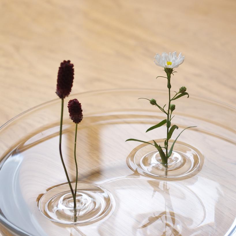 floating_vase_2.jpg