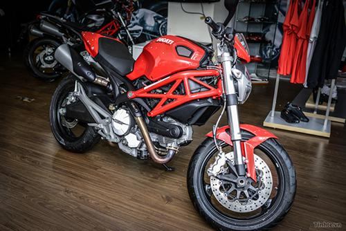 Ducati 795 ABS-500.