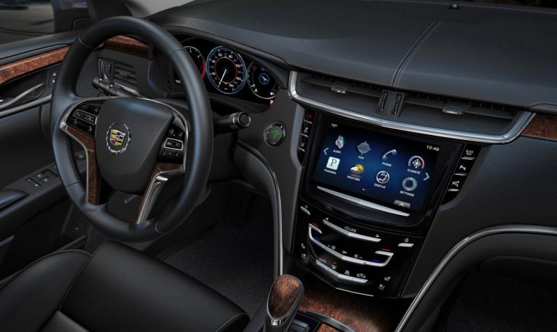 Cadillac XTS 2014-17.jpg
