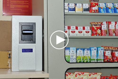 Giải pháp máy bán hàng tự động không tiền mặt tuyệt vời của Việt Nam 20130515_0052-copy-jpg.1172594