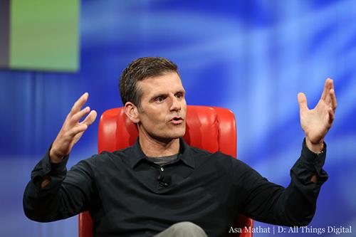 CEO_Woodside_Motorola_XPhone_Moto_X.jpg