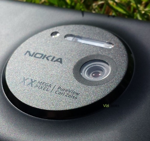 Nokia_EOS (500x470).jpg