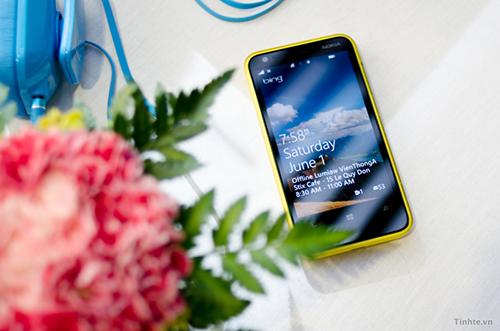 tinhte.vn_offline-nokia-lumia-500.jpg