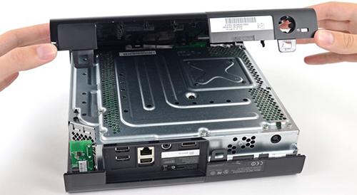 Xbox_360_E_ben_trong.jpg