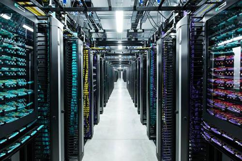 Bên trong trung tâm dữ liệu mới nhất của Facebook tại Lulea, Thụy Điển Facebook_data_center_artic_500px-jpeg