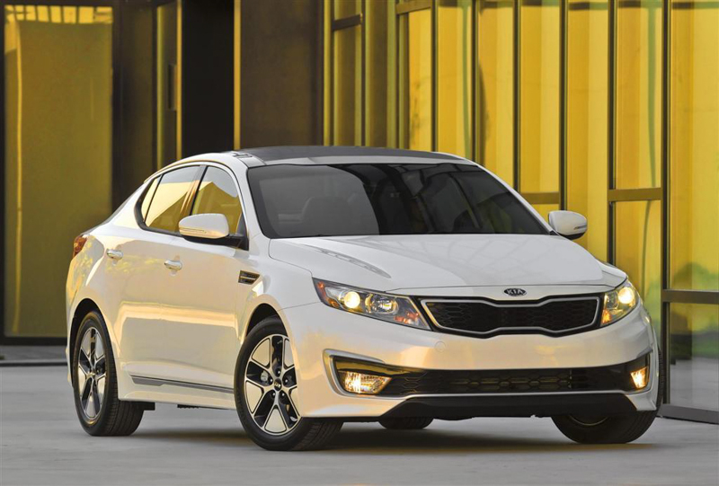 Kia-Optima-Hybrid-2013