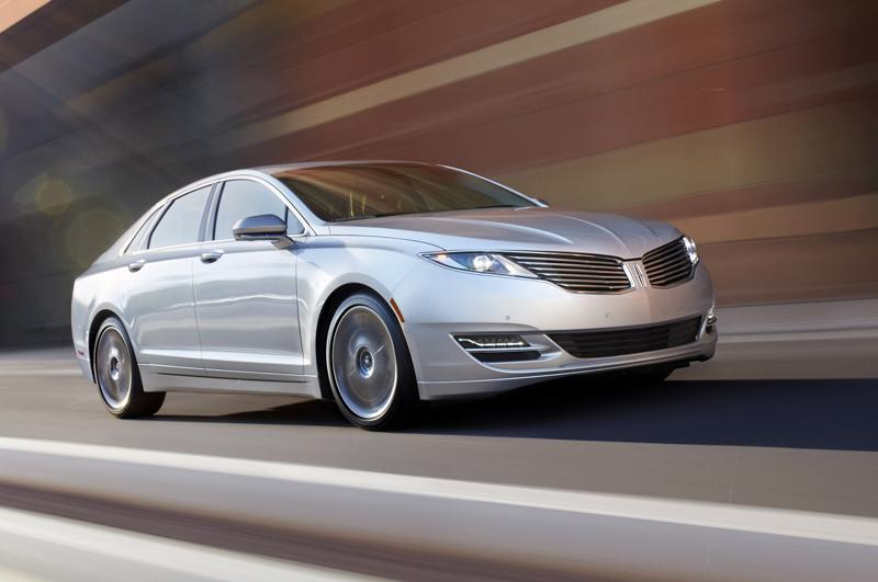 Lincoln-MKZ-Hybrid-2013