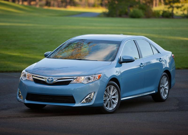 Toyota-Camry-Hybrid-2013