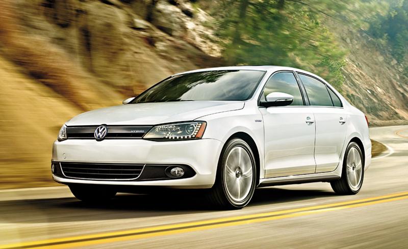 Volkswagen-Jetta-Hybrid-2013